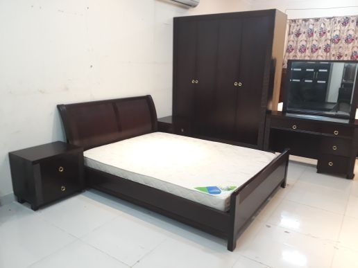 For Sell Queen Bedroom Set
