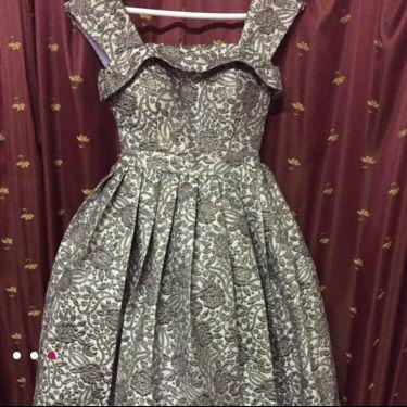 فستان انيييق للبيع