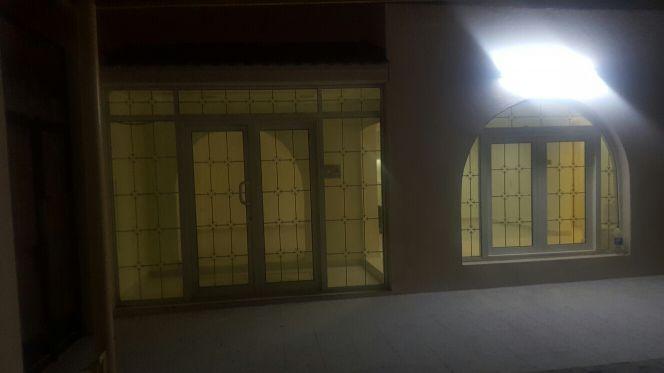 مجلس بمدخل خاص بالغرافه