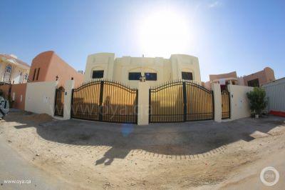 5 bedroom in alwaab