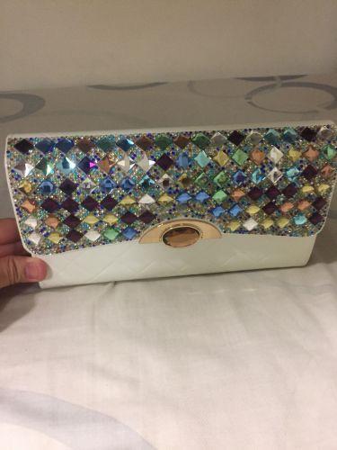 محفظة جميلة