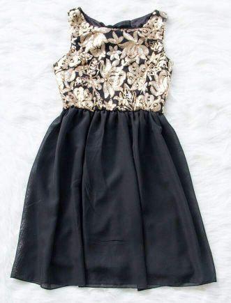 فستان أنيق جديد