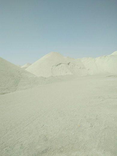 للايجار ارض مساحات مختلفه في منطقه أبو ن