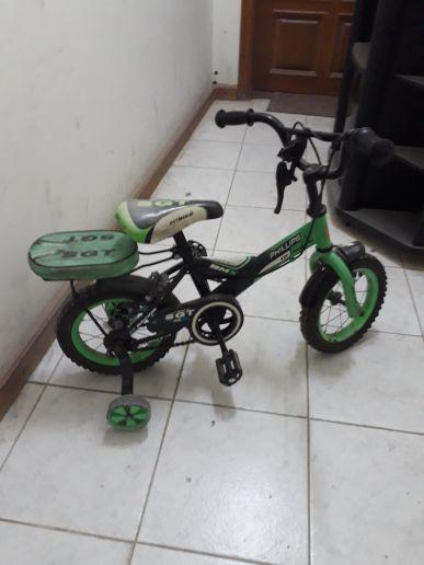 عجلات اطفال