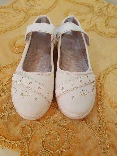 حذاء بناتي مقاس 35