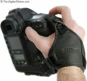 Nikon AH-4 grip hand strap