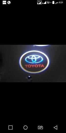 ليت شعار تويوتا يركب على باب الموتر حلو