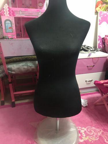 تصنيع أزياء النساء