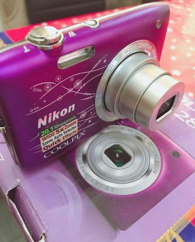 للبيع كاميرا Nikon