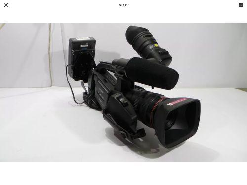 كاميرا احترافية في