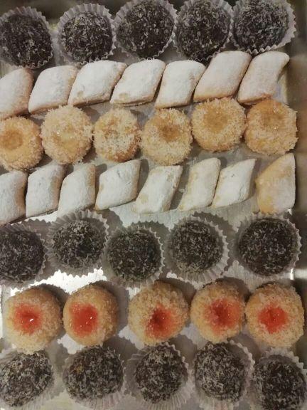حلويات مغربية متنوعة خفيفة