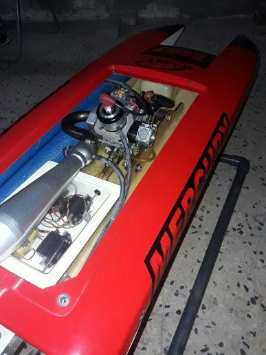 للبيع قارب ريموت