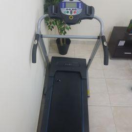 جهاز رياضي مشي مستعمل شيء بسيط سرعات