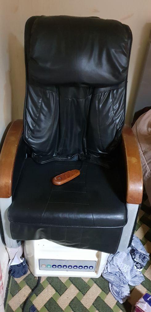 كرسي مساج مع بدكير