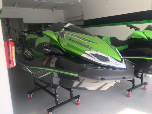 Kawasaki ultra 310 LX Jetski