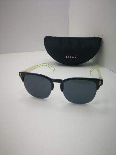 للبيع نظارات ماركات عالمية