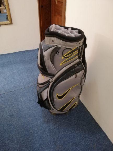 حقيبة جولف