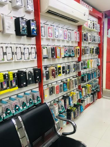 Used mobile and accessories