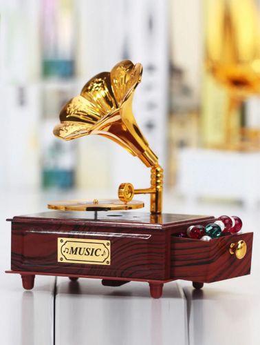 الصندوق الموسيقي الكلاسيكي