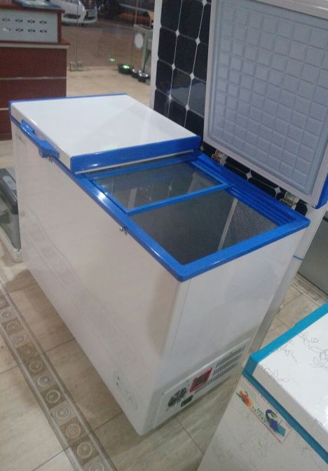 Solar freezer 280L