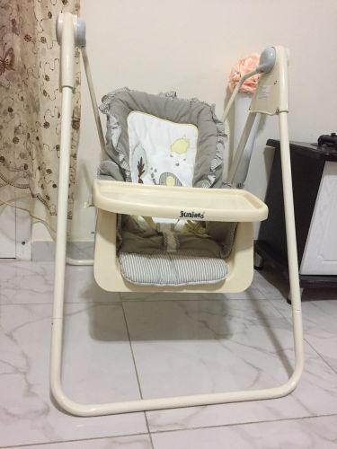 أرجوحة اطفال (كرسي هزاز)