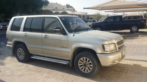 2003 Isuzu Trooper