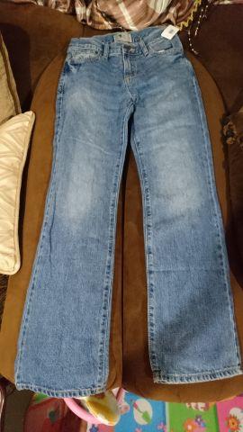 بنطلون جينز جديد