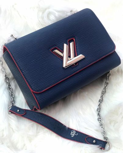 Louis Vuitton MM Twist