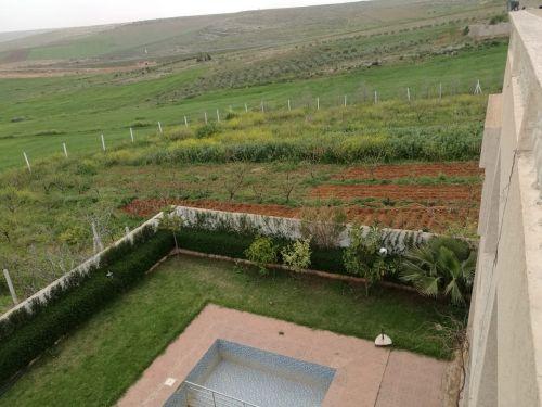 مزرعة في المغرب قرب مدينة افران