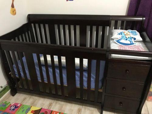 سرير اطفال من بيبي شوب