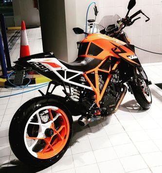 KTM DUKE R 1290 2014