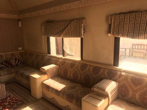 مجلس خيمة ٦X٤ مع جلسة ومكيف