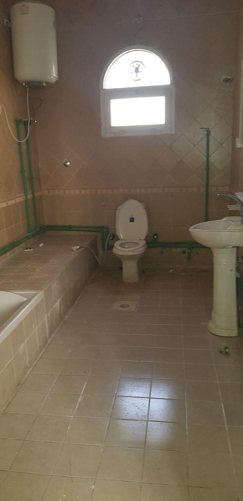 شقه الغرافه غرفتين كبيره صاله حمام