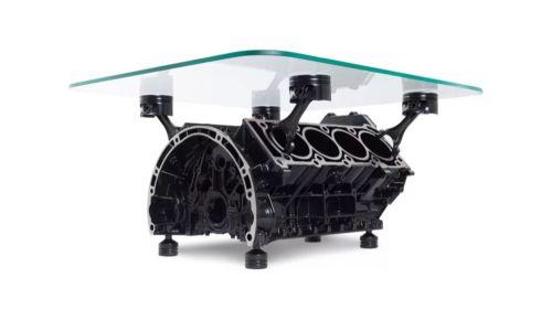 طاولة محرك V8 صنع أوروبي