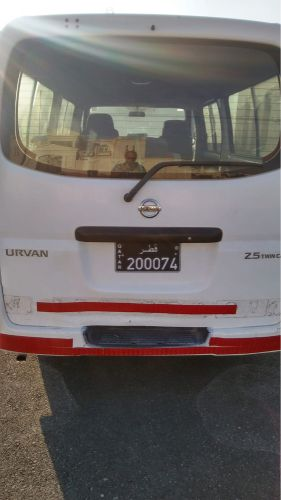 Nissan urvan mini bus 2009