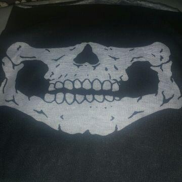 وشاح skull trooper