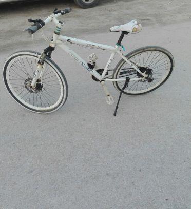إثنين دراجه هوائيه