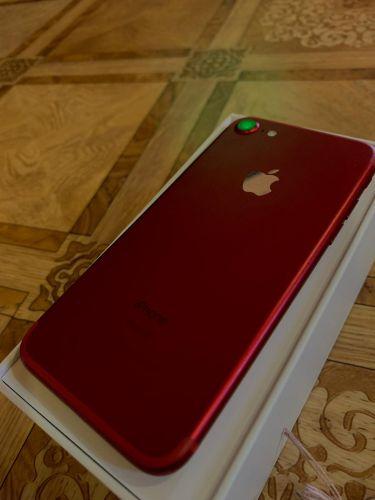 للبيع ايفون 7 احمر