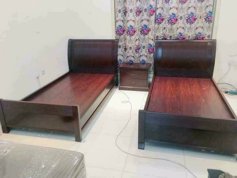 2 single bed and Side table