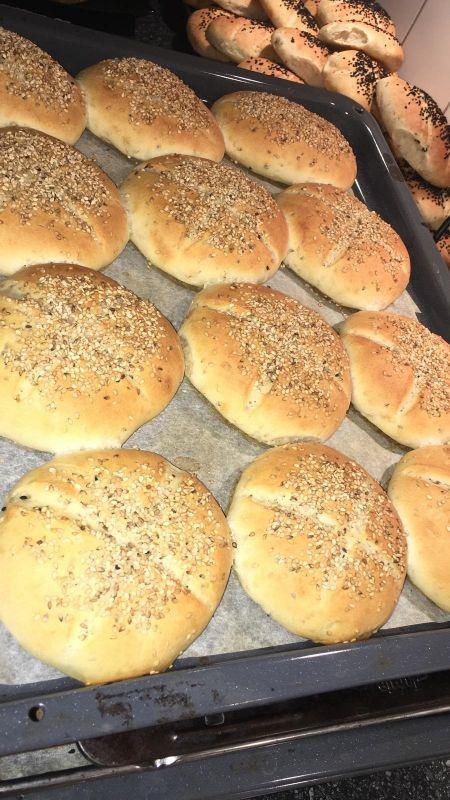 مطعم للبيع في ام صلال محمد