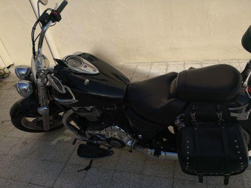 بيع دراجة ترايمف بحالة ممتازة