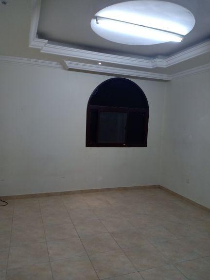 للايجار غرفه بلريان