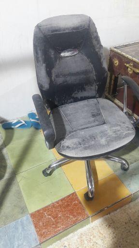 للبيع كرسي مكتب متحرك