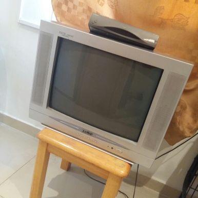 تلفزيون للبيع مع رسيفر