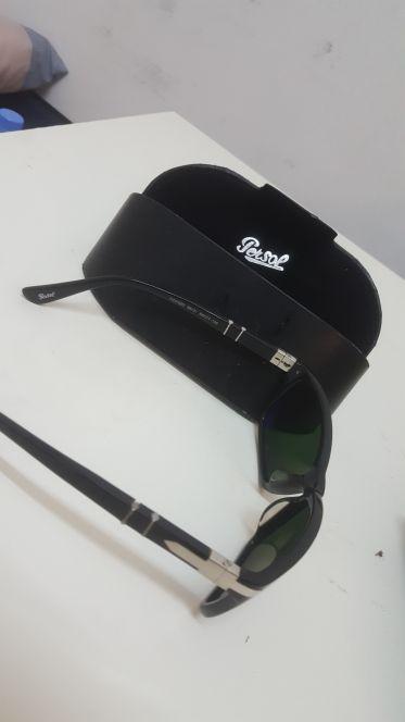 نظارة persol للبيع استعمال خفيف