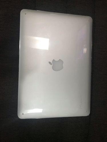 Macbook Air (13 inch, early 2014)