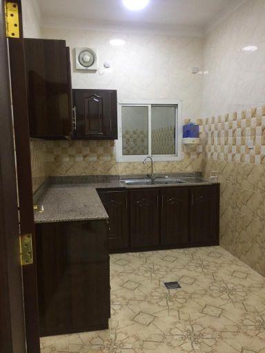 شقة ٣ غرف ايجار بخليفة الجنوبية