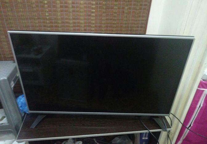 TV LG 42 INCH LED FHD