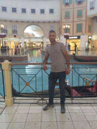 مغربي يبحت عن عمل في الدوحه  رقم الهاتف