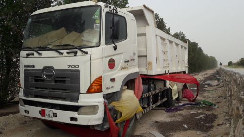الشاحنات للبيع